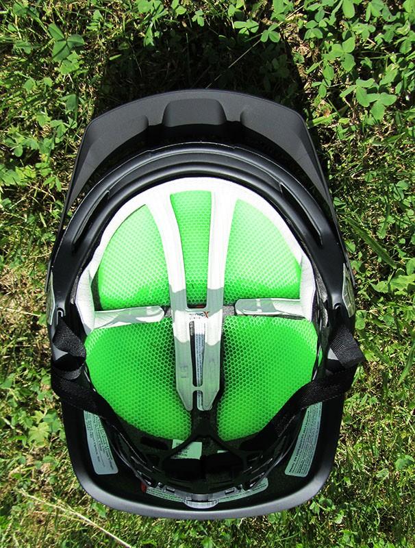 Avec l'Aerocore, Smith est parvenu à créer une matière résistante et ventilée.
